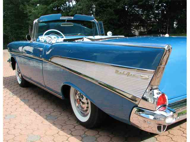 1957 Chevrolet Convertible | 932365