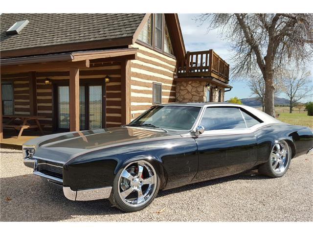 1967 Buick Riviera | 932452