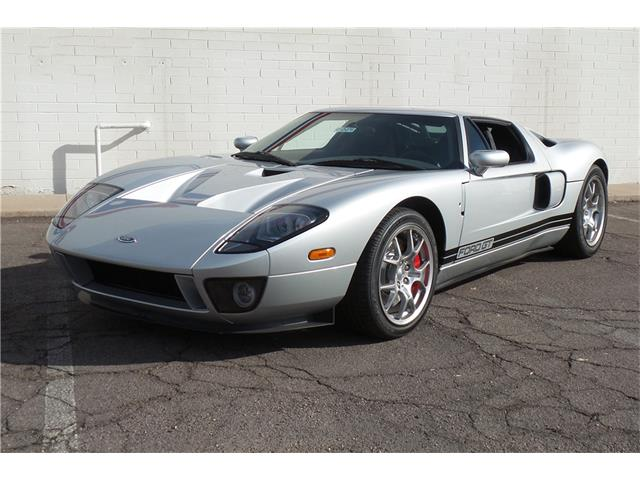 2005 Ford GT | 932497
