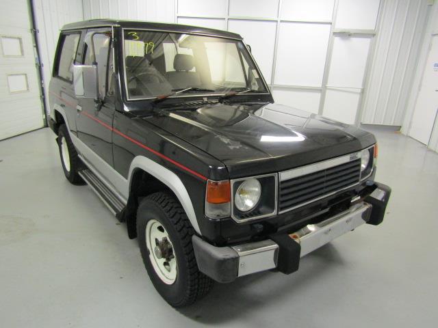 1988 Mitsubishi Pajero   932578