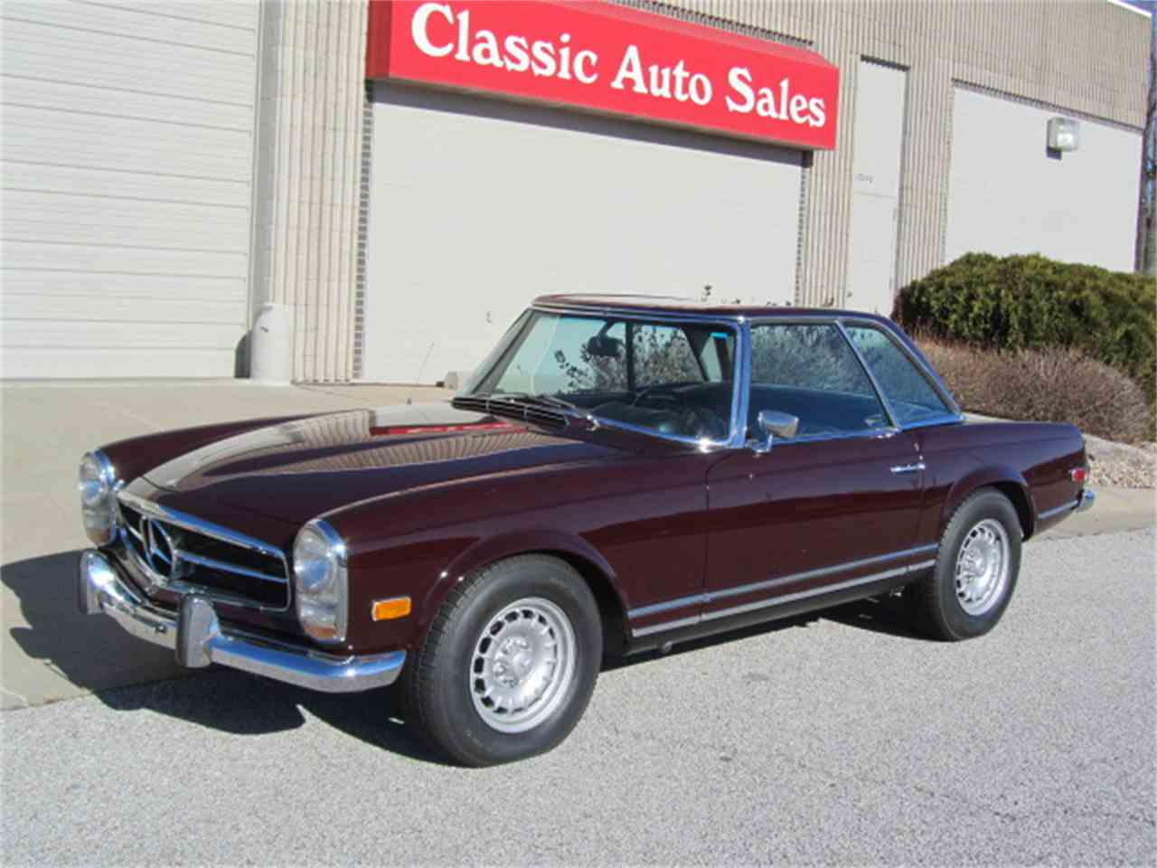 1969 mercedes benz 280sl for sale cc 930026. Black Bedroom Furniture Sets. Home Design Ideas