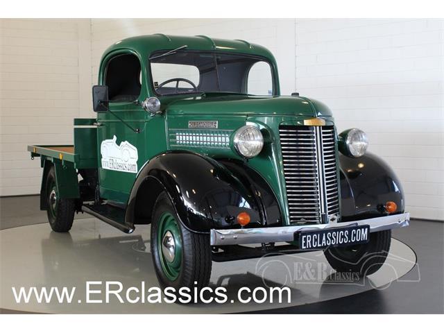 1938 Oldsmobile Olds Cab   932687