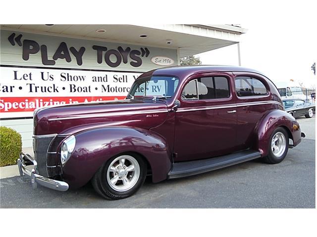 1940 Ford Sedan | 932842