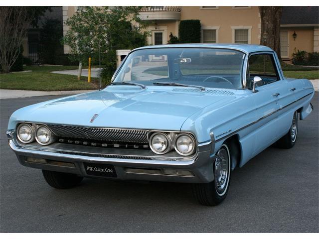 1961 Oldsmobile 88 | 932856