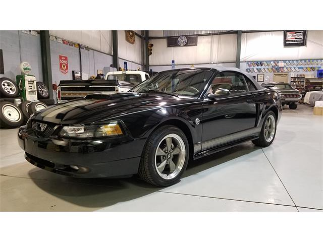 2004 Ford Mustang GT | 932858