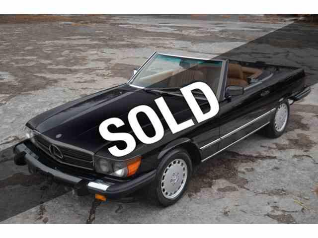 1988 Mercedes-Benz 560 | 932911