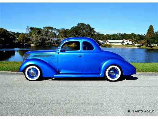 1938 Ford 5-Window Coupe | 932920