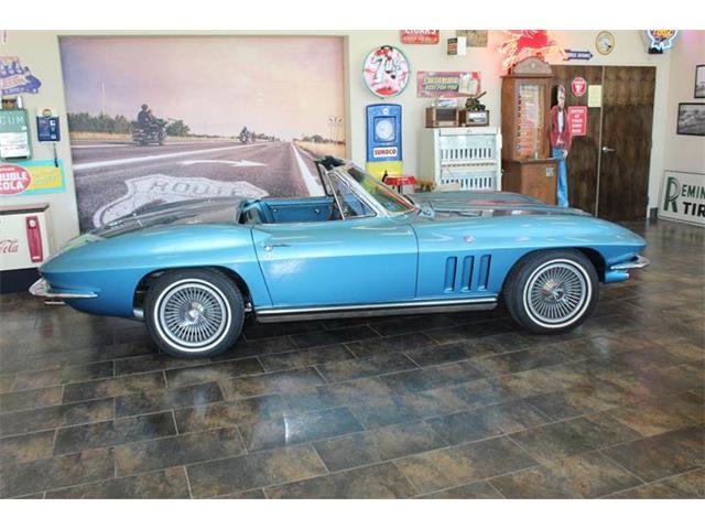 1965 Chevrolet Corvette | 932925