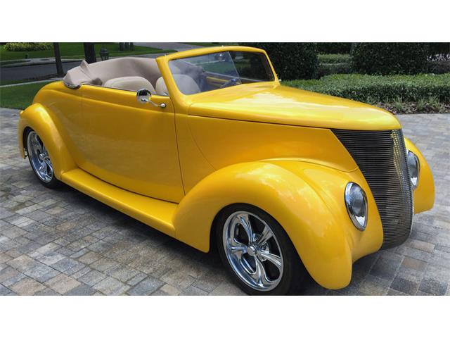1937 Ford Convertible | 933089