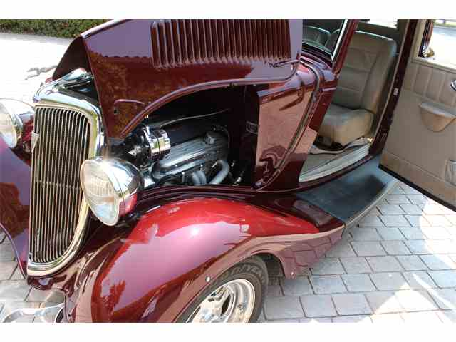 1934 Ford 5-Window Coupe | 933207