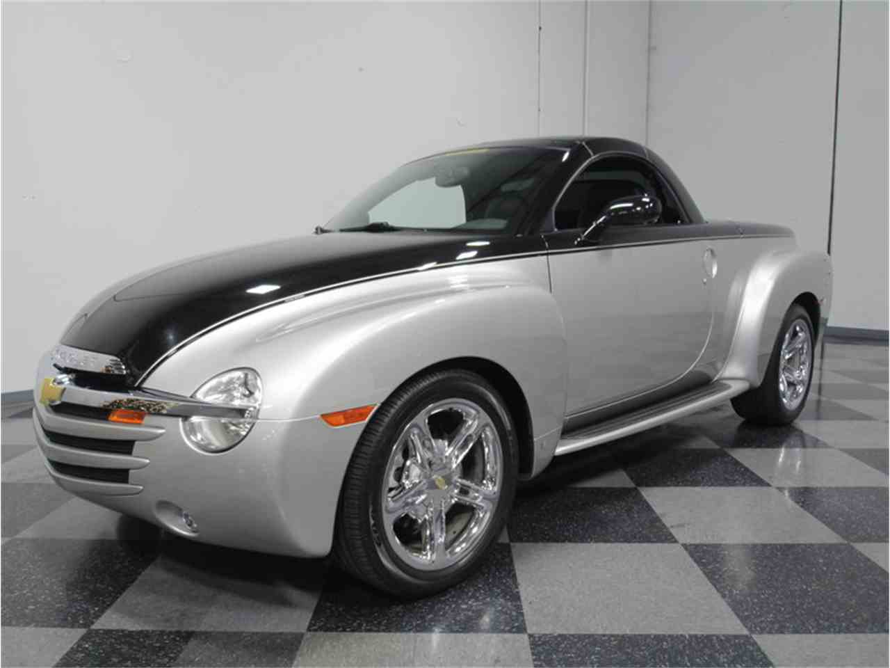 All Chevy 2006 chevrolet ssr for sale : 2006 Chevrolet SSR Supercharged for Sale | ClassicCars.com | CC-933508