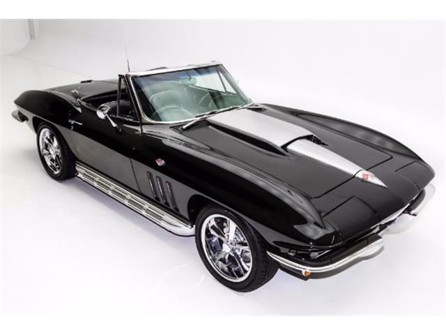 1965 Chevrolet Corvette | 933520