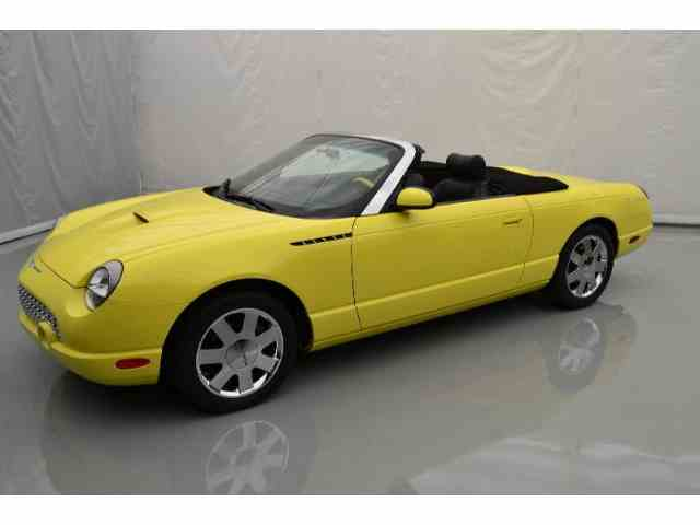 2002 Ford Thunderbird | 933571