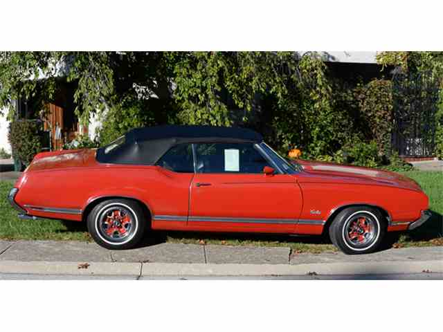 1971 Oldsmobile Cutlass Supreme | 933681