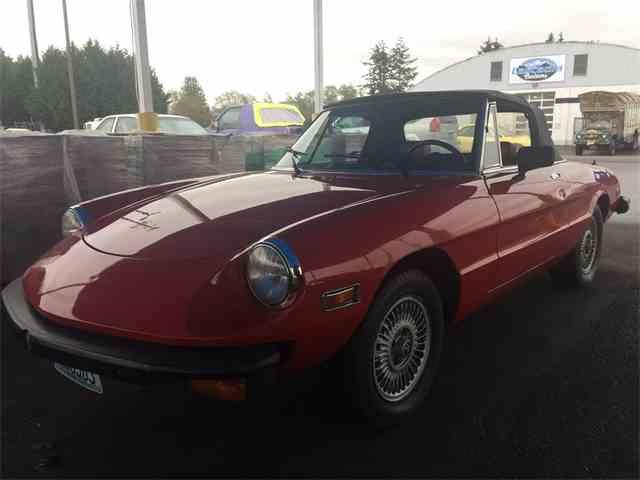 1977 Alfa Romeo 2000 Spider Veloce | 933705