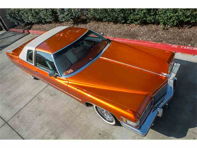 1975 Cadillac Coupe DeVille | 933786