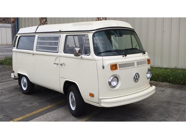 1973 Volkswagen Bus | 933858