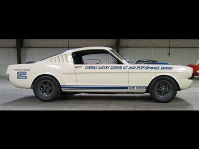 1965 Ford Mustang GT350 | 933890