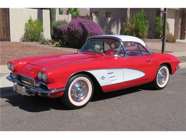 1961 Chevrolet Corvette | 934221