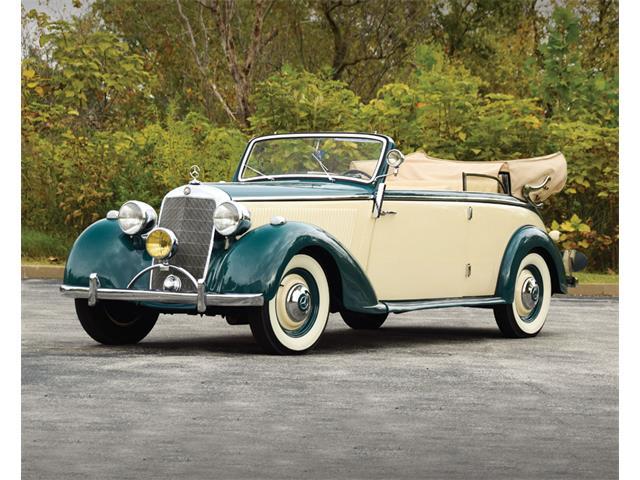 1940 Mercedes-Benz 230 | 934421