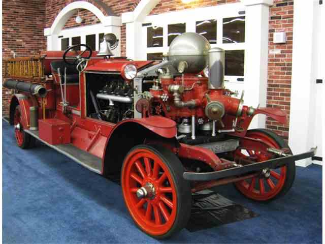 1923 Ahrens-Fox Fire Truck | 934574