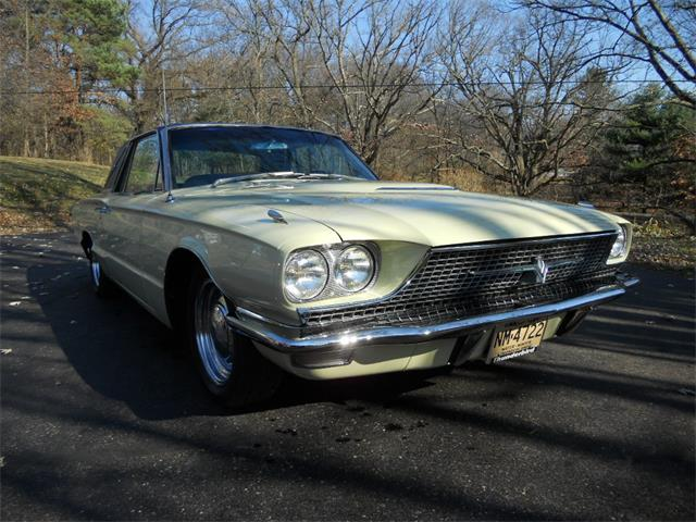 1966 Ford Thunderbird | 934580