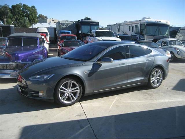 2013 Tesla Model S | 934596