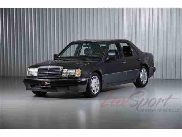1993 Mercedes-Benz 500E Seadan | 934847