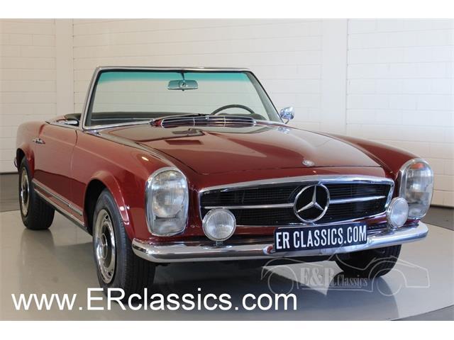 1967 Mercedes-Benz 250SL | 934946