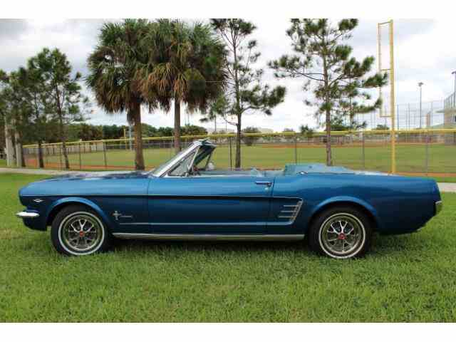 1966 Ford Mustang   935037