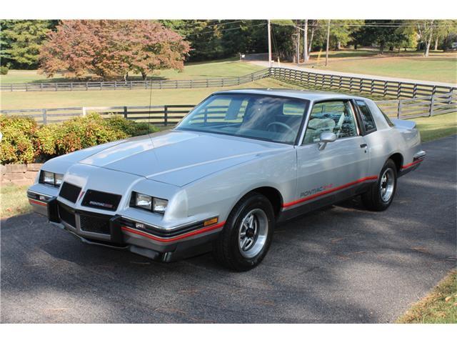 1986 Pontiac Grand Prix   935209