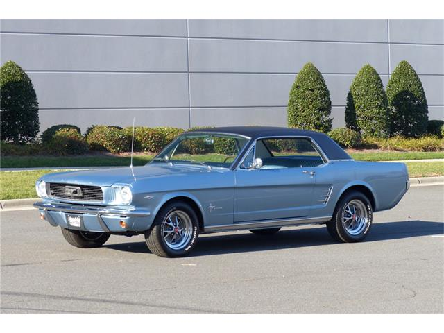1966 Ford Mustang   935220