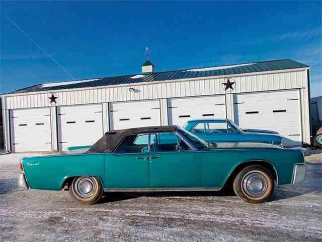 1961 Lincoln Continental | 935498