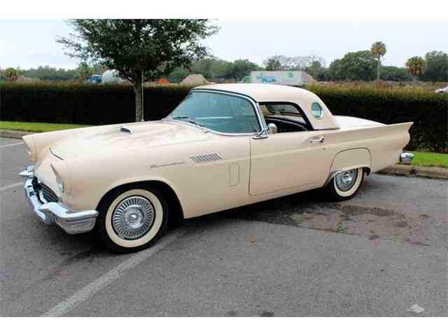 1957 Ford Thunderbird | 935519