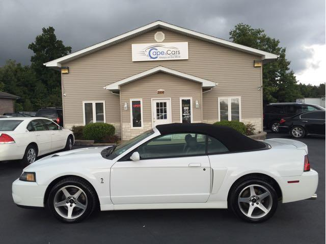 2003 Ford Mustang | 935576