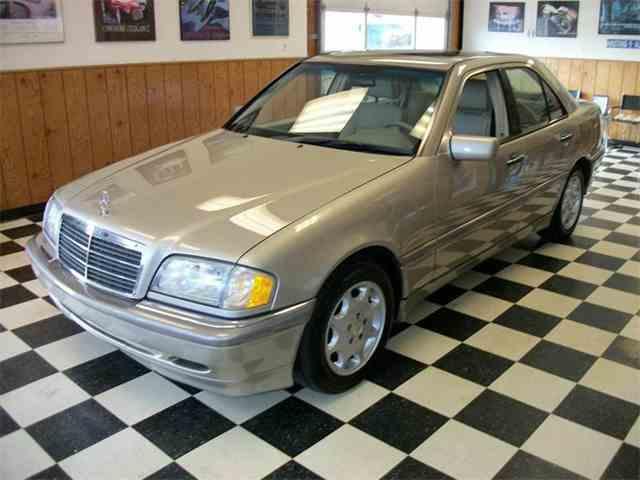 1999 Mercedes-Benz C-Class | 935638