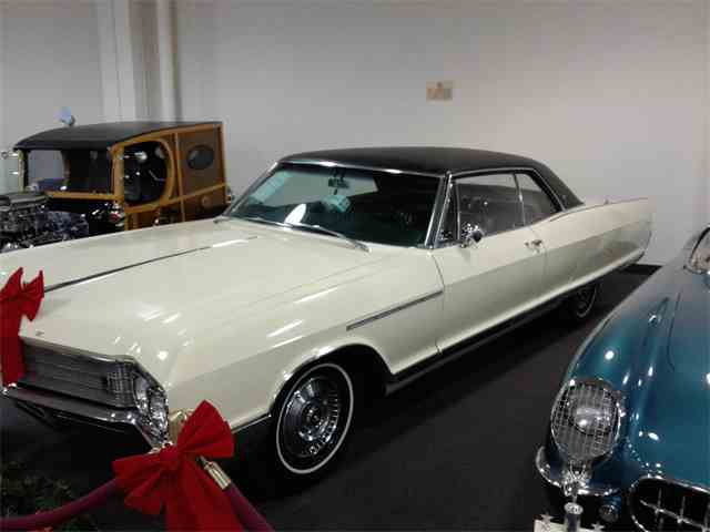 1966 Buick Electra 225 | 935647