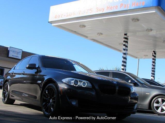 2011 BMW 5 Series | 935759