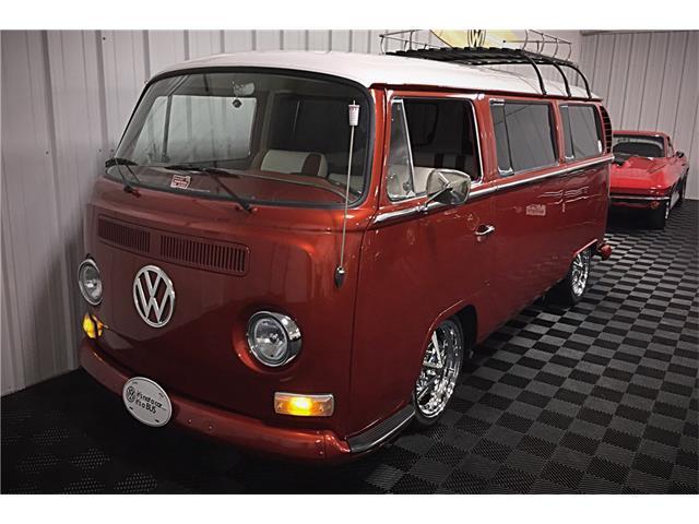 1968 Volkswagen Bus | 935816