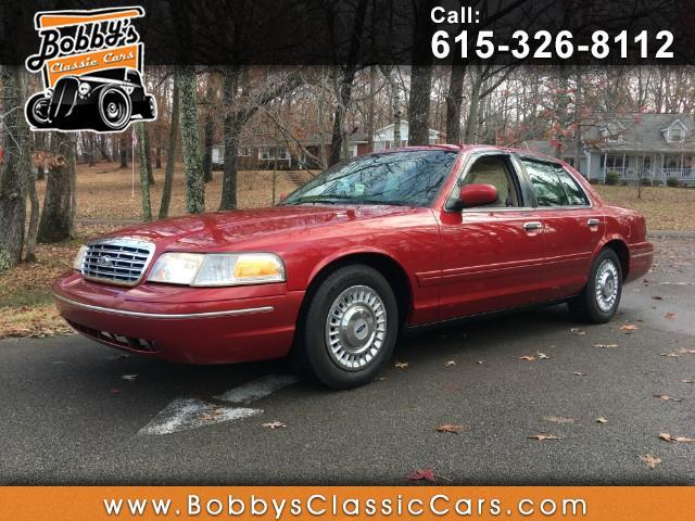 1999 Ford Crown Victoria | 930582