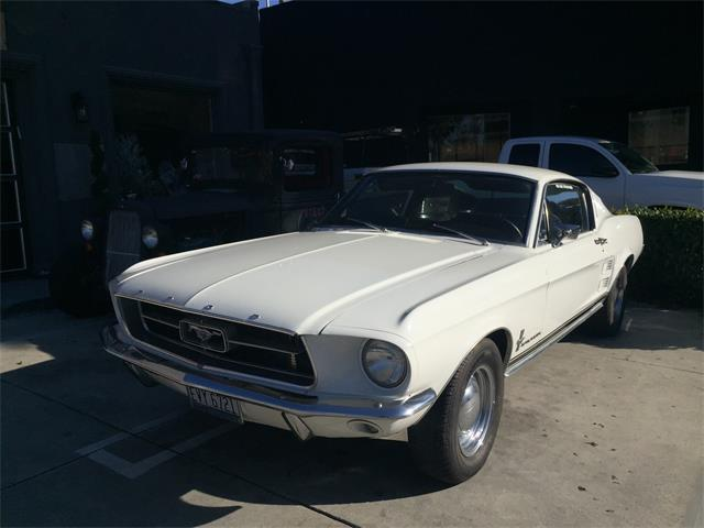 1967 Ford Mustang | 935902