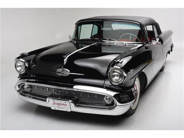 1957 Oldsmobile Starfire | 936080