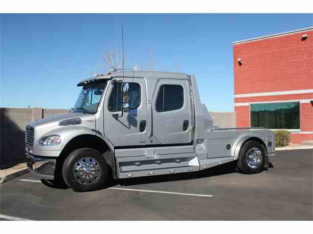 2011 Freightliner M2 Sport Chassis | 936103