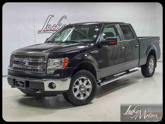 2014 Ford F150 | 936145