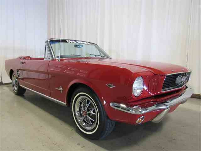 1966 Ford Mustang | 936181