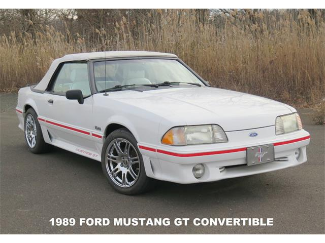 1989 Ford Mustang GT | 936484