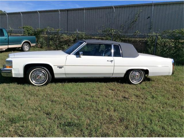 1983 Cadillac DeVille   936500