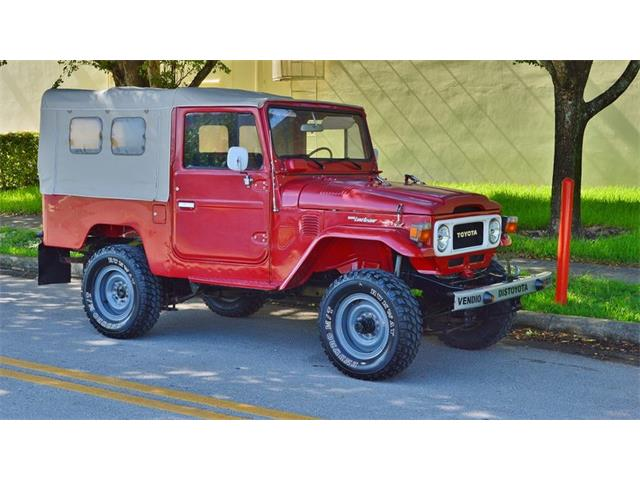 1982 Toyota Land Cruiser FJ | 936588