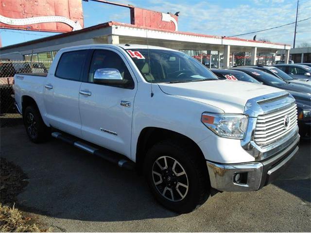 2014 Toyota Tundra | 936683