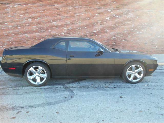 2013 Dodge Challenger | 936684